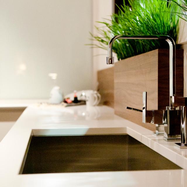Casa Moderna contemporary-kitchen