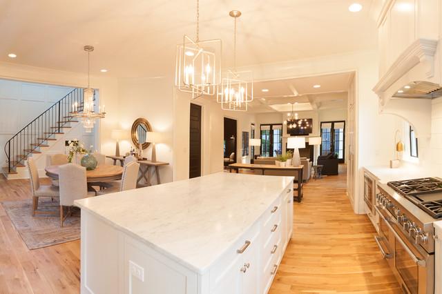Casa Royal transitional-kitchen
