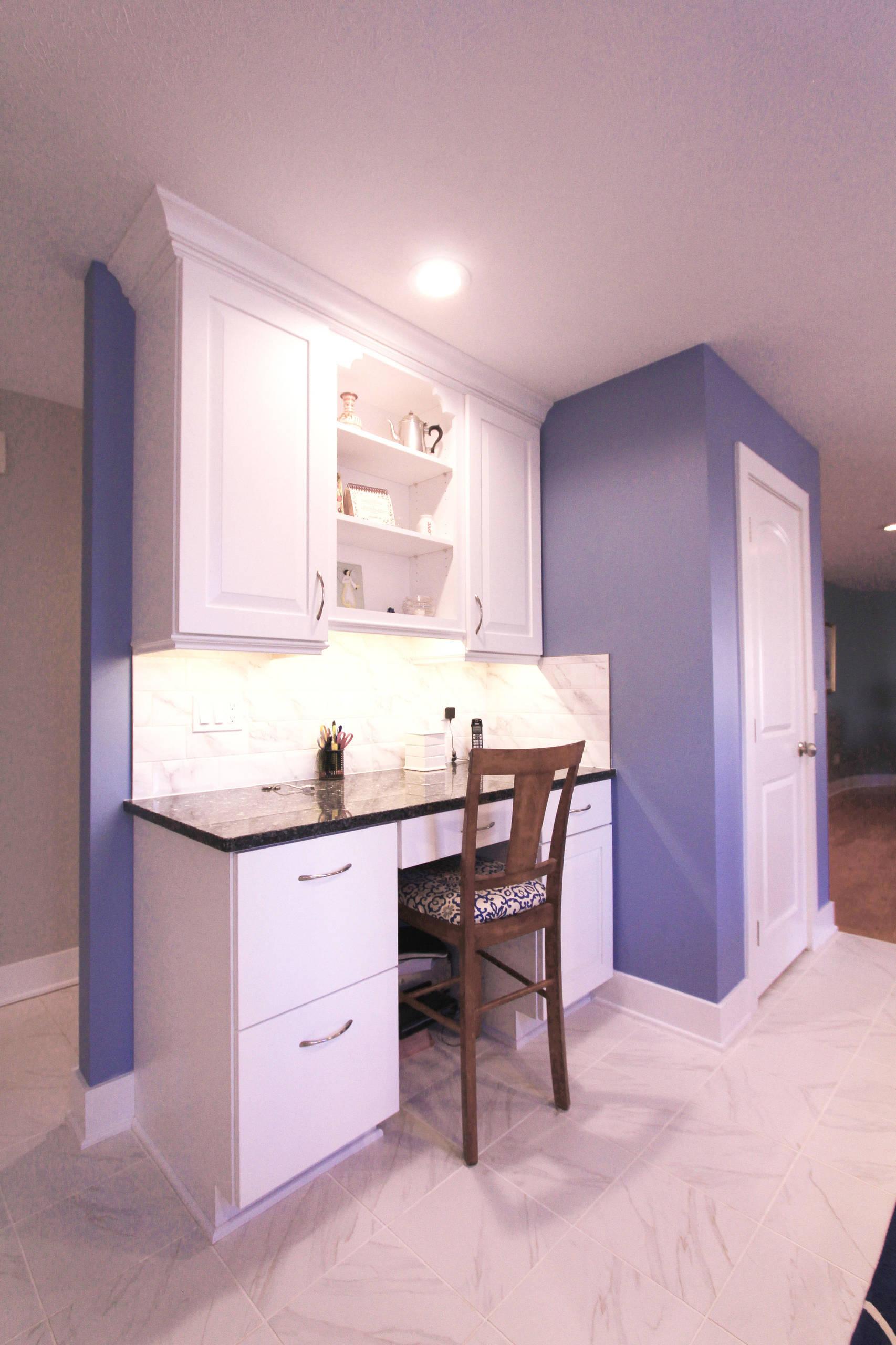 75 Beautiful Purple Marble Floor Kitchen Pictures Ideas December 2020 Houzz