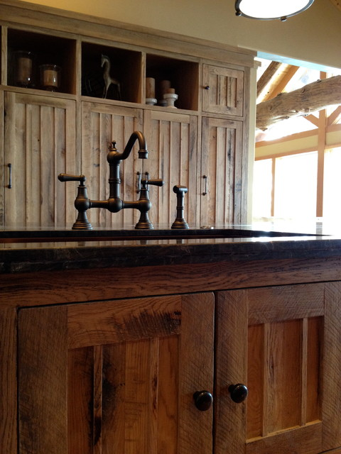 Cascade Lakefront traditional-kitchen