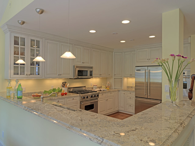 Example Of A Classic U Shaped Kitchen Design In DC Metro With Glass Front