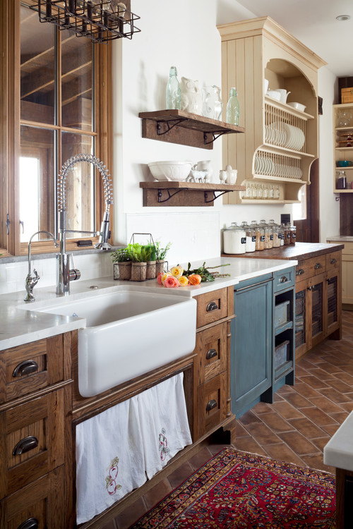 Farmhouse Kitchen by Longmont Kitchen & Bath Designers Dragonfly Designs