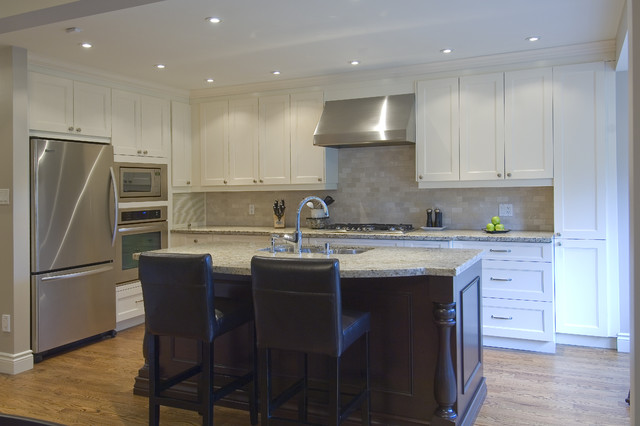 Casual Elegance traditional-kitchen
