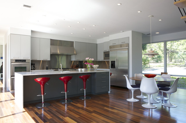 Caudhill Lane modern kitchen