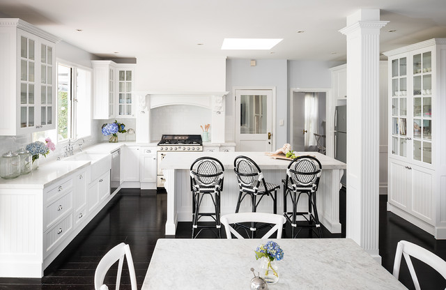 Smith Smith Kitchens: Caulfield North High Contrast Country