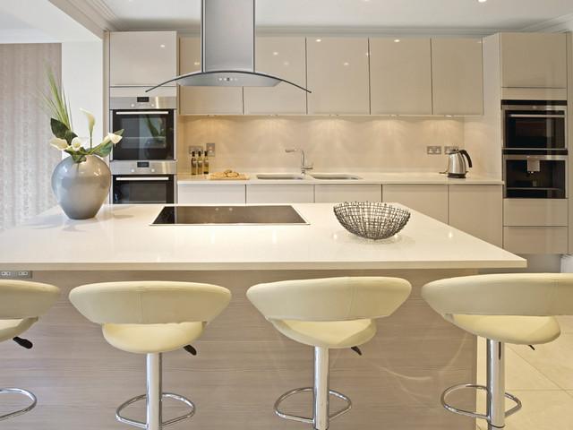 Cavaliere-Euro SV218D-I Island Mount Range Hood in Kitchen - Modern ...