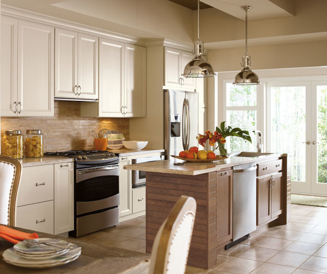 Chicago Kitchen Cabinets: Cayhill Collection By Dynasty Cabinetry