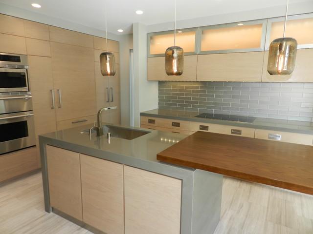 CDM Marguerite Beach Condo contemporary-kitchen