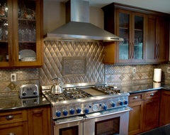 ce traditional kitchen