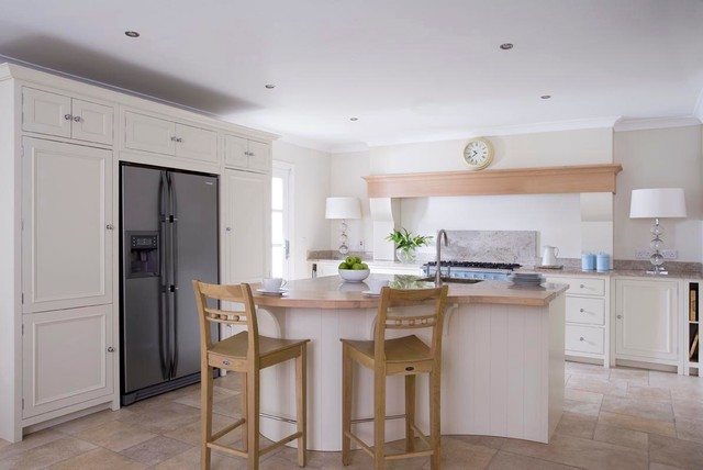 Celbridge InFrame Kitchen traditional-kitchen