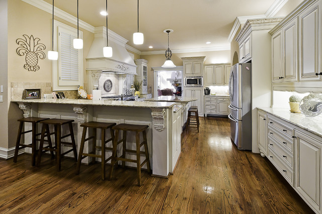 Celtic Construction - Traditional - Kitchen - little rock - by Celtic Custom Homes