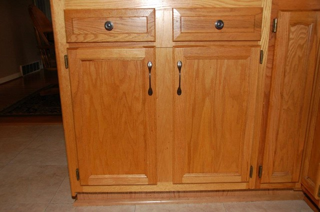Center Stile Removal from the Outside of the Cabinet - louisville - by ShelfGenie of Kentucky
