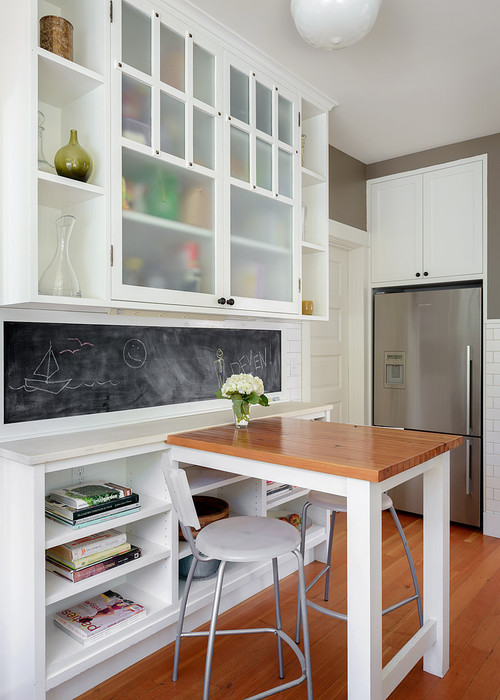 These eat-in kitchens go way beyond a breakfast nook