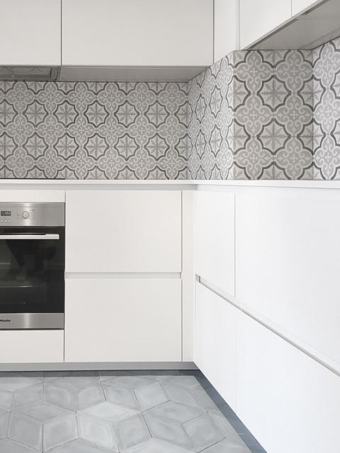 Centurion building contemporary kitchen london by for Kitchen designs centurion