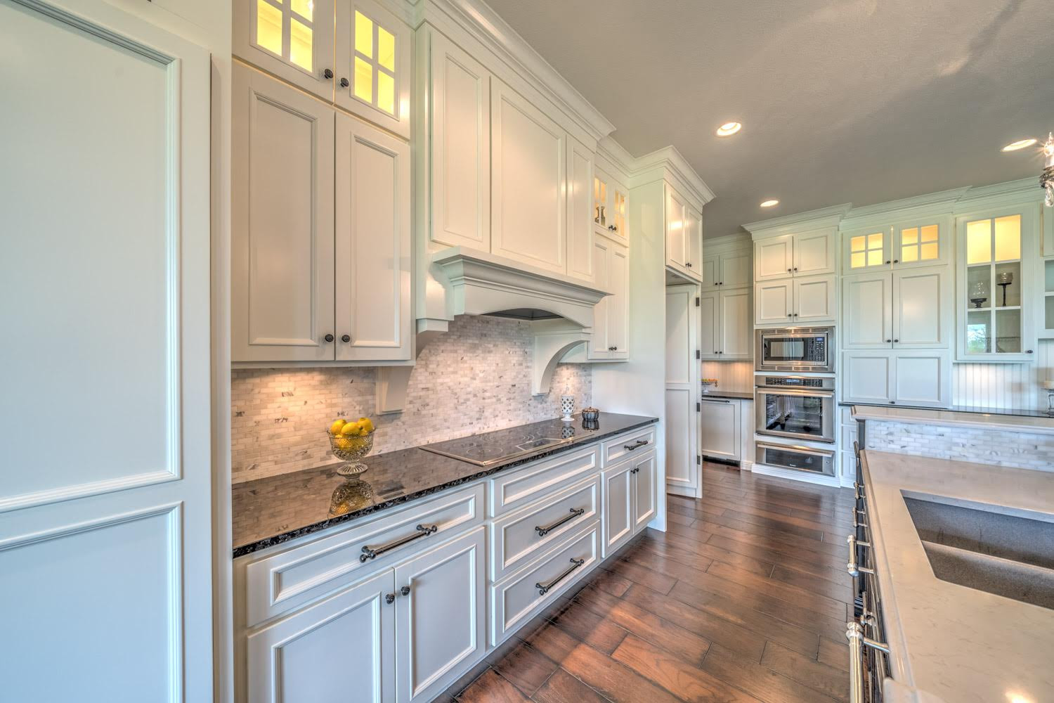 Certified Luxury Builders - Deffenbaugh Homes - Sioux Falls, SD - Custom Home H