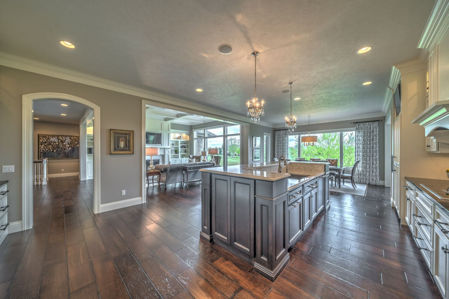 Certified Luxury Builders - Deffenbaugh Homes-Sioux Falls, SD- Custom Home I