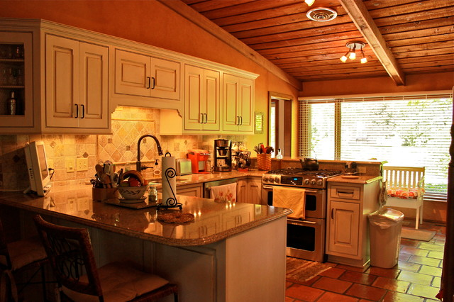 Chaffin Residence traditional-kitchen