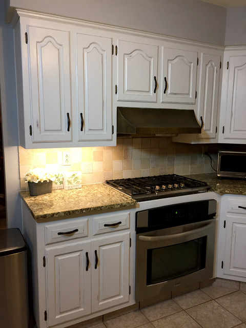 Chalk Painted Kitchen Cabinets Farmhouse Kitchen Philadelphia By The Kelly Homestead Houzz