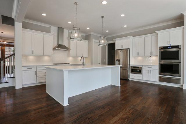 Kitchen - cottage kitchen idea in Atlanta
