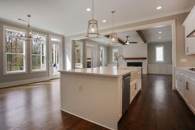 Inspiration for a farmhouse kitchen remodel in Atlanta