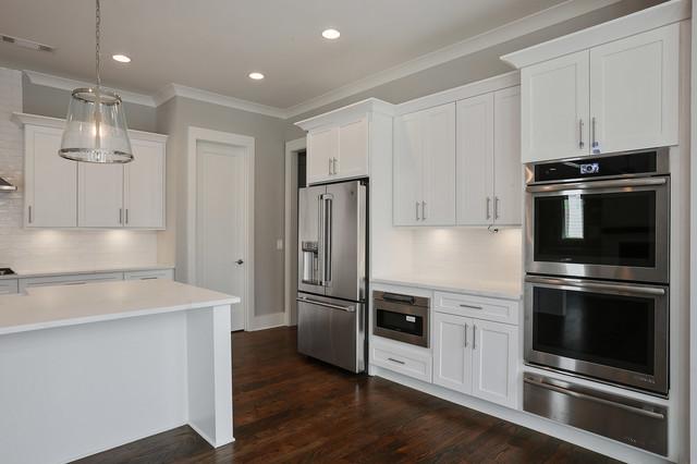 Cottage kitchen photo in Atlanta