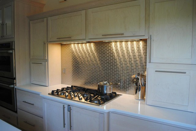 Champagne stain maple cabinets meta steel over ceramic for Ceramic tile under kitchen cabinets
