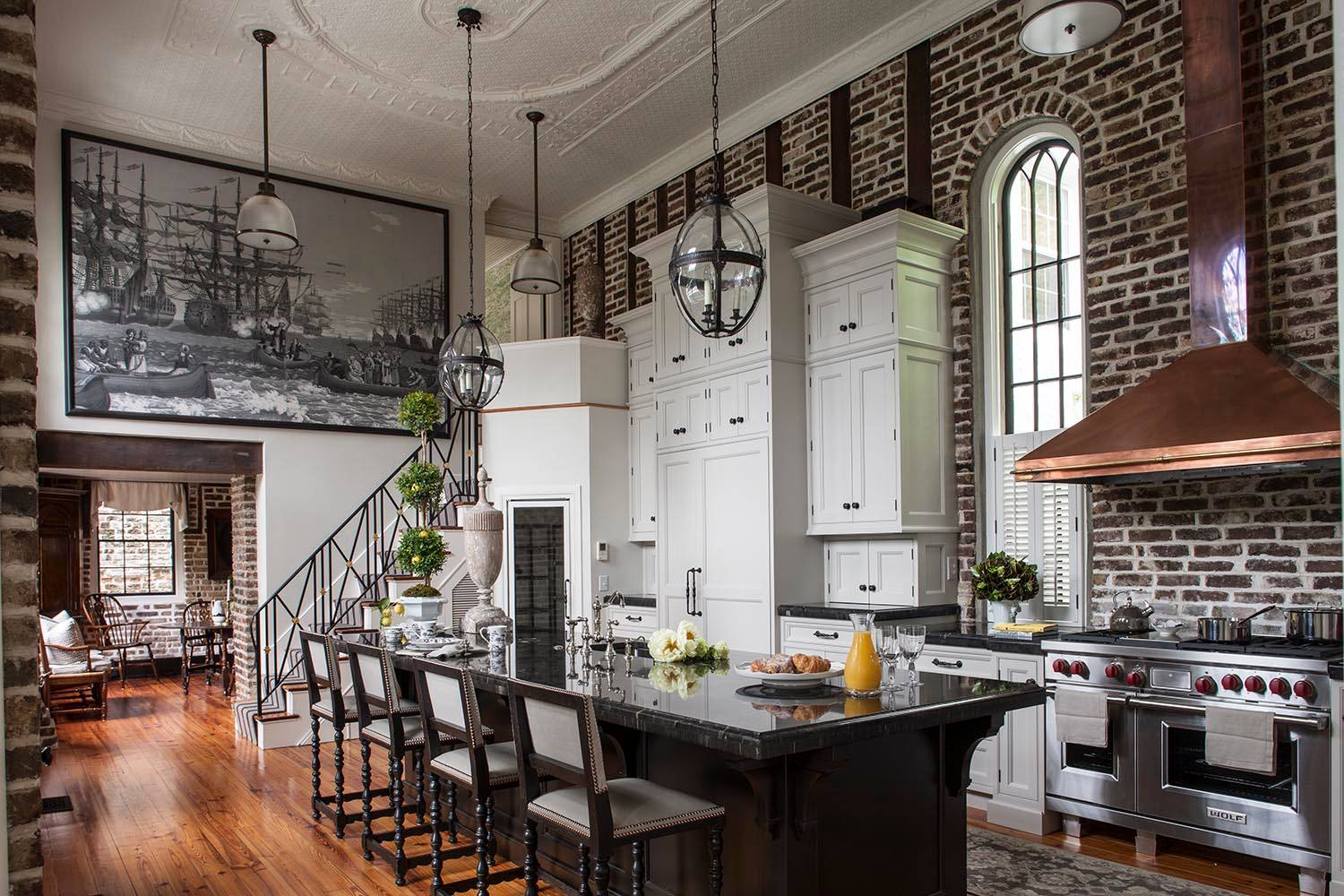 75 Beautiful Victorian Galley Kitchen Pictures Ideas April 2021 Houzz