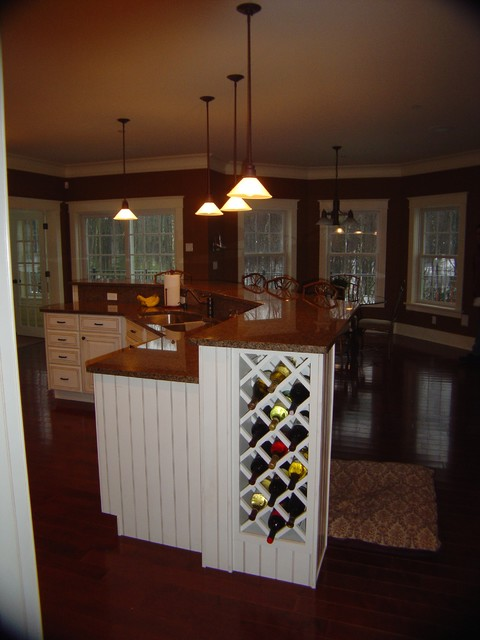 Charming custom home traditional-kitchen