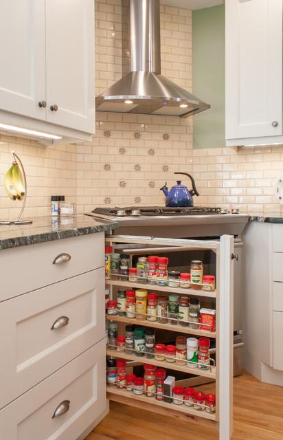 Chelmsford Ma Cozy Kitchen Traditional Kitchen