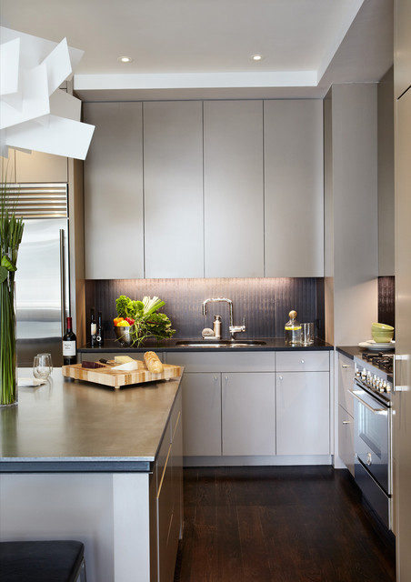 Chelsea apartment - Contemporary - Kitchen - New York - by Wettling Architects
