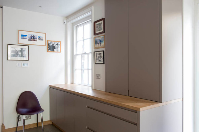 Chelsea contemporary kitchen gloucestershire by for Beckerman kitchen cabinets