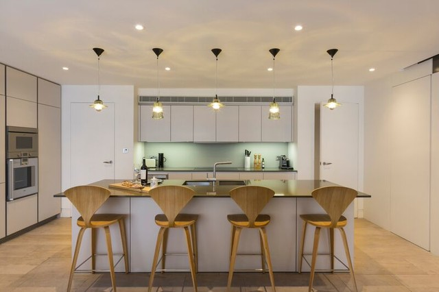 Chelsea townhouse contemporary kitchen london by for Townhouse kitchen designs