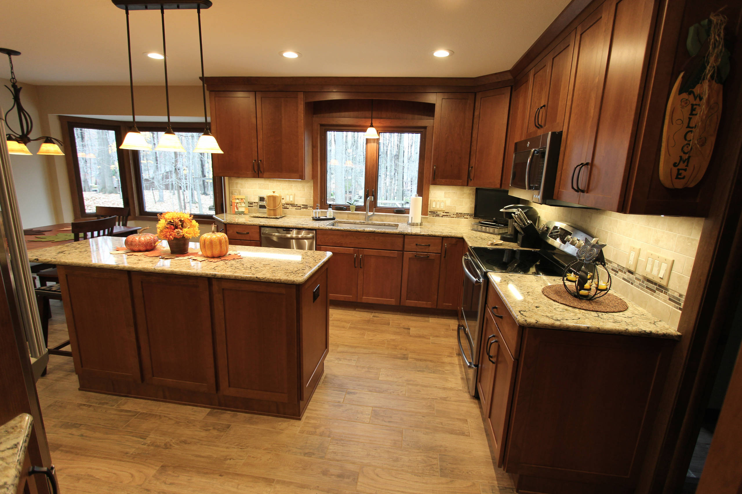 Cherry Cabinets With Quartz Countertop
