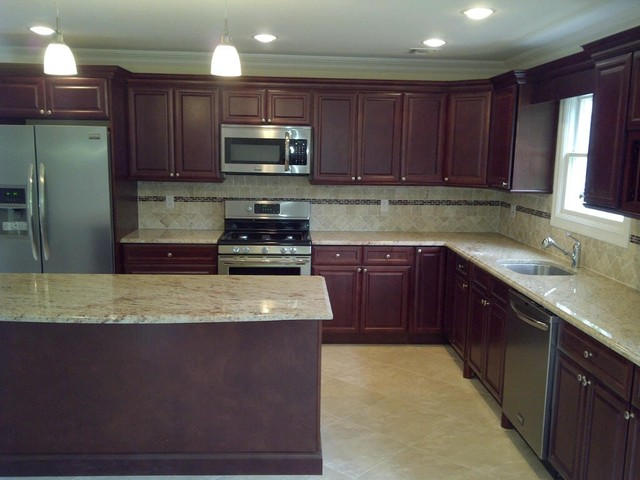 Cherry Kitchen Cabinets Cherry Glaze Door Style Kitchen