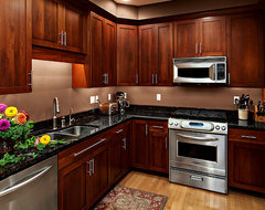 Cherry Kitchen Cabinets | Rockford Door Style | CliqStudios contemporary kitchen
