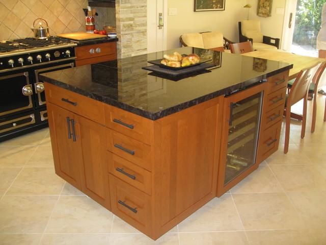 Cherry Kitchen traditional-kitchen