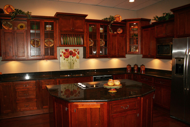 cherry shaker kitchen cabinets home design traditional kitchen - Cherry Cabinet Kitchen Designs