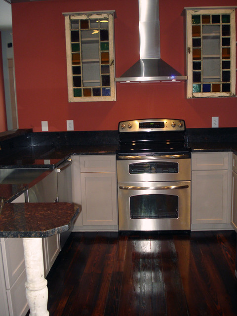 Cherry Tree Rd. traditional-kitchen