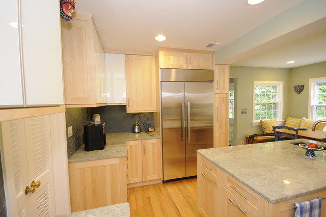 Chevy Chase Contemporary Kitchen contemporary-kitchen