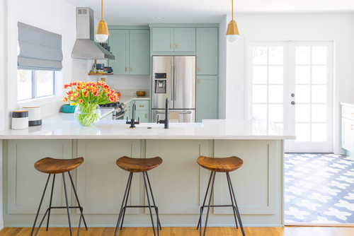 Chic Cottage Kitchen