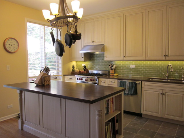 Chicago townhouse kitchen remodel transitional kitchen for Townhouse bathroom ideas
