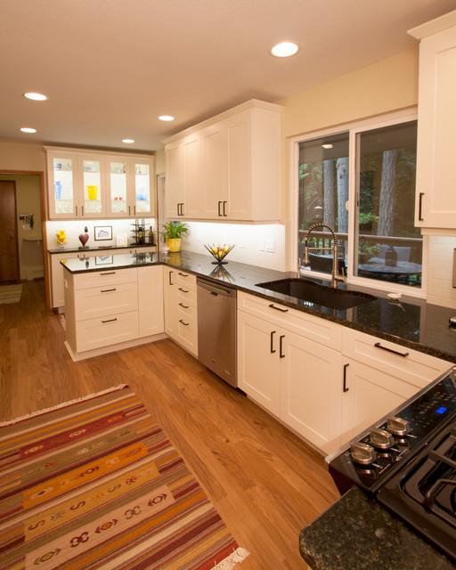 Child Olympia Wa Transitional Kitchen Seattle By Cabinets By Trivonna