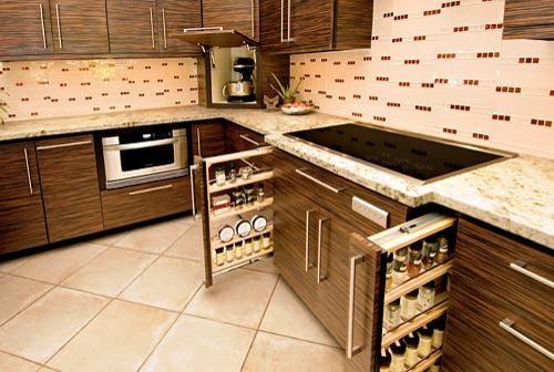 Example of a minimalist kitchen design in Phoenix