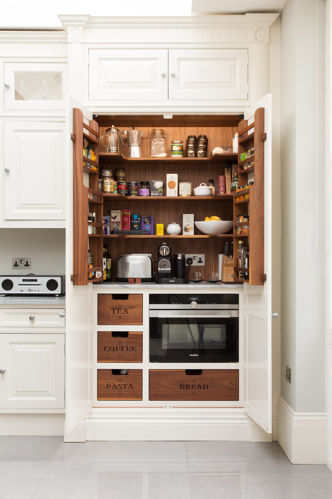 Kitchen Cabinet Organizers Overview