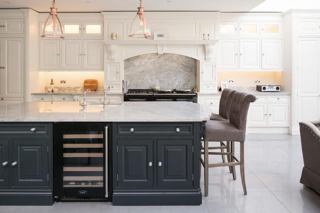厨房-灰色-吧台装修效果图