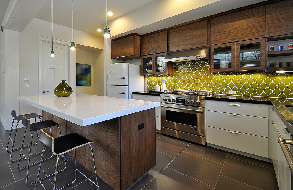Trendy kitchen photo in Austin with stainless steel appliances
