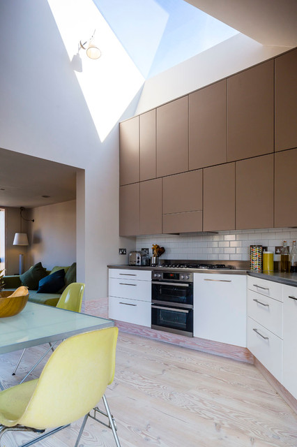 Church Walk - Contemporary - Kitchen - London - by Mikhail Riches