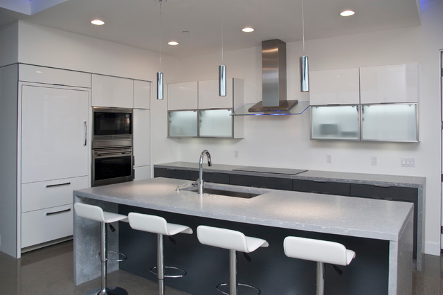 City Scenic Residence contemporary-kitchen