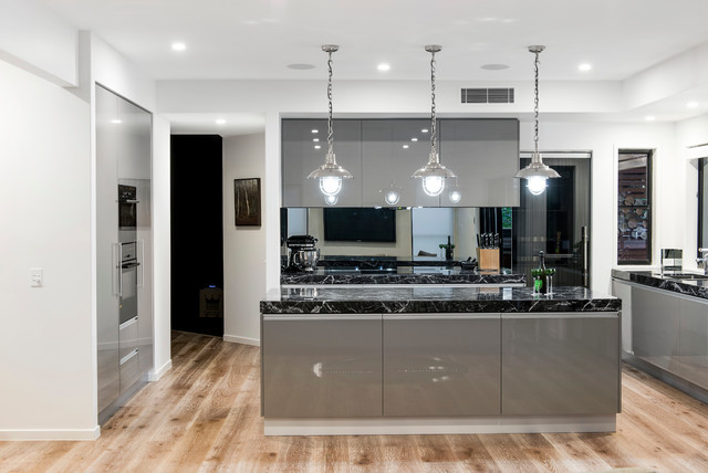 City Style Contemporary Kitchen Brisbane By Enigma
