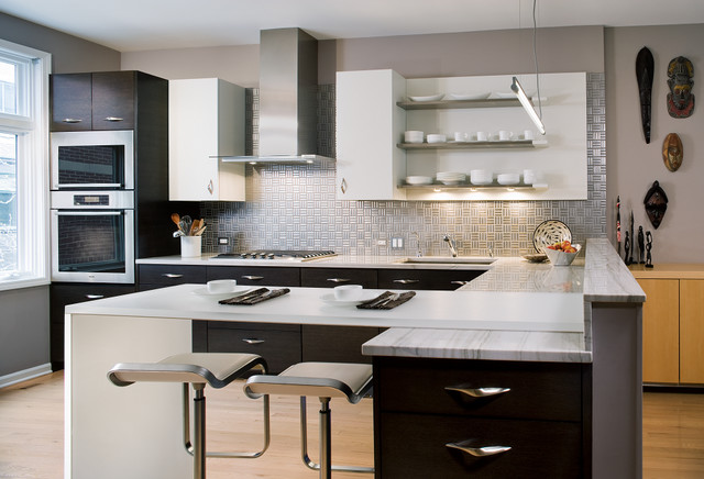 City townhouse modern kitchen chicago by julian kitchen design inc - Kitchen designs for townhouses ...